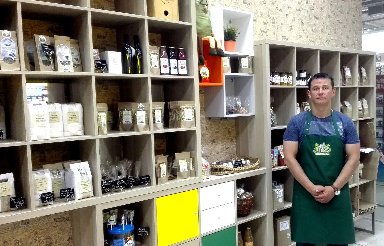 Jei prekiautų vien ekologiškais produktais, lentynos būtų pustuštės