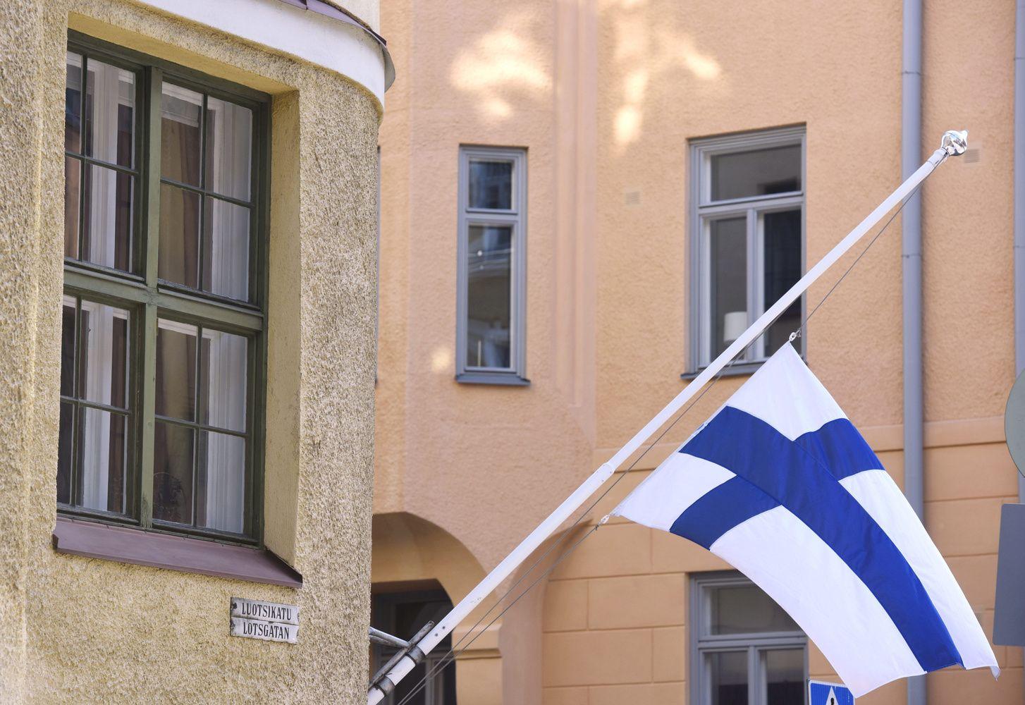 Suomijoje policija pašovė peiliu žmones badžiusį vyrą