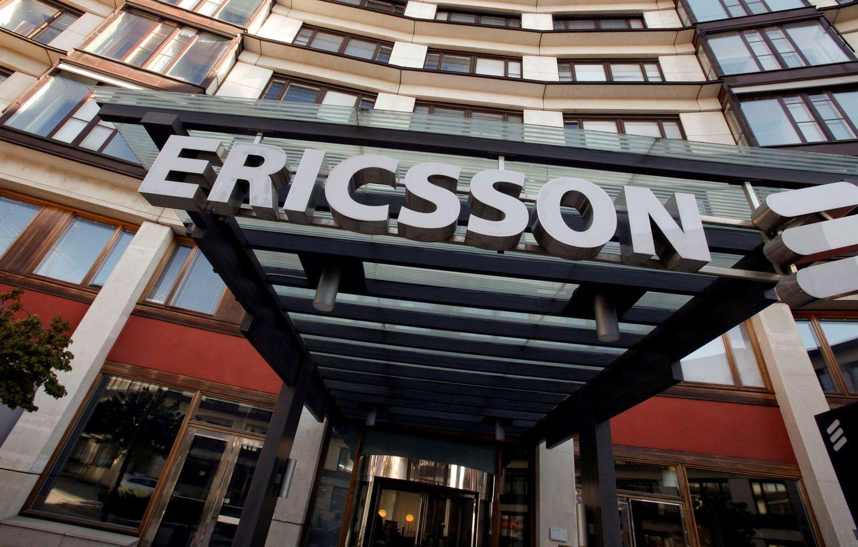 """""""Ericsson"""" svarsto atleisti 25.000 darbuotojų"""