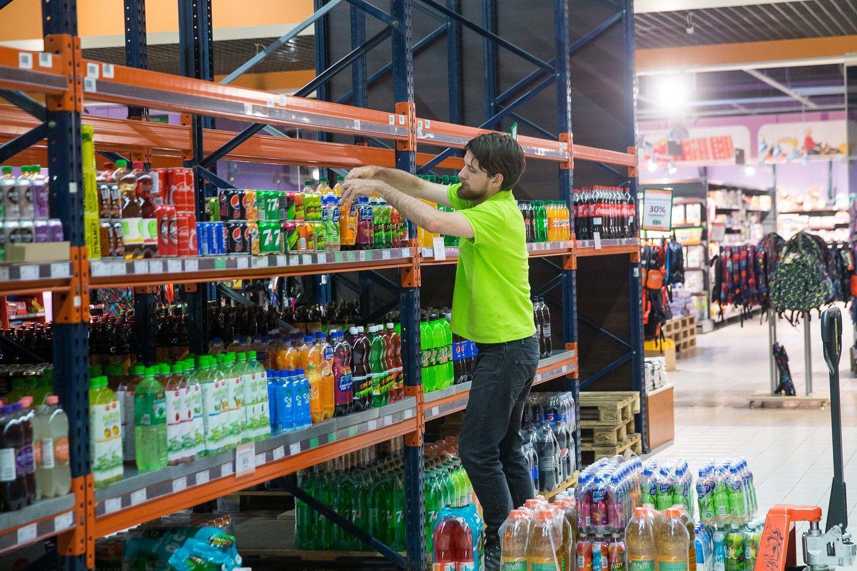 VŽ lygina prekybos tinklų pardavimus, tenkančius vienam darbuotojui