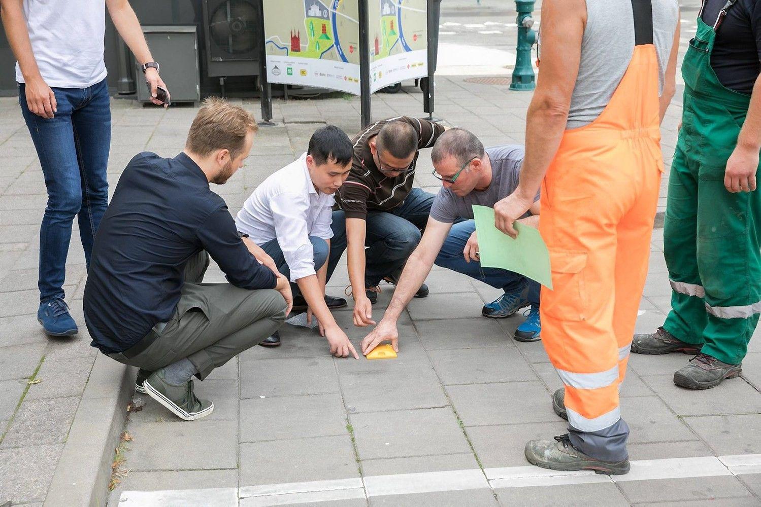 Inovacijos po kojomis – Vilniuje stovėjimo vietas stebės jutikliai
