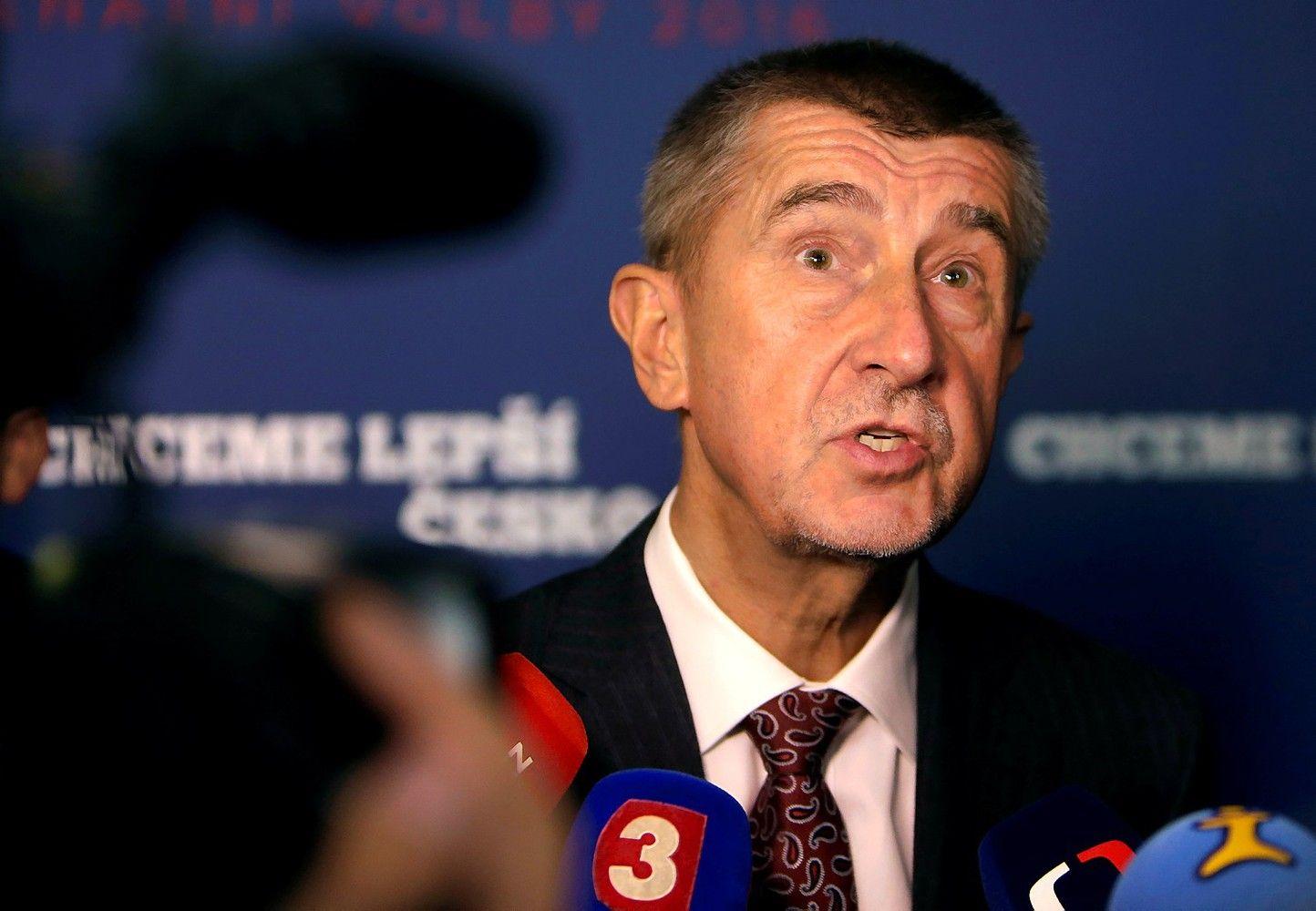 Milijardieriui Čekijos rinkimų favoritui – teisinės problemos