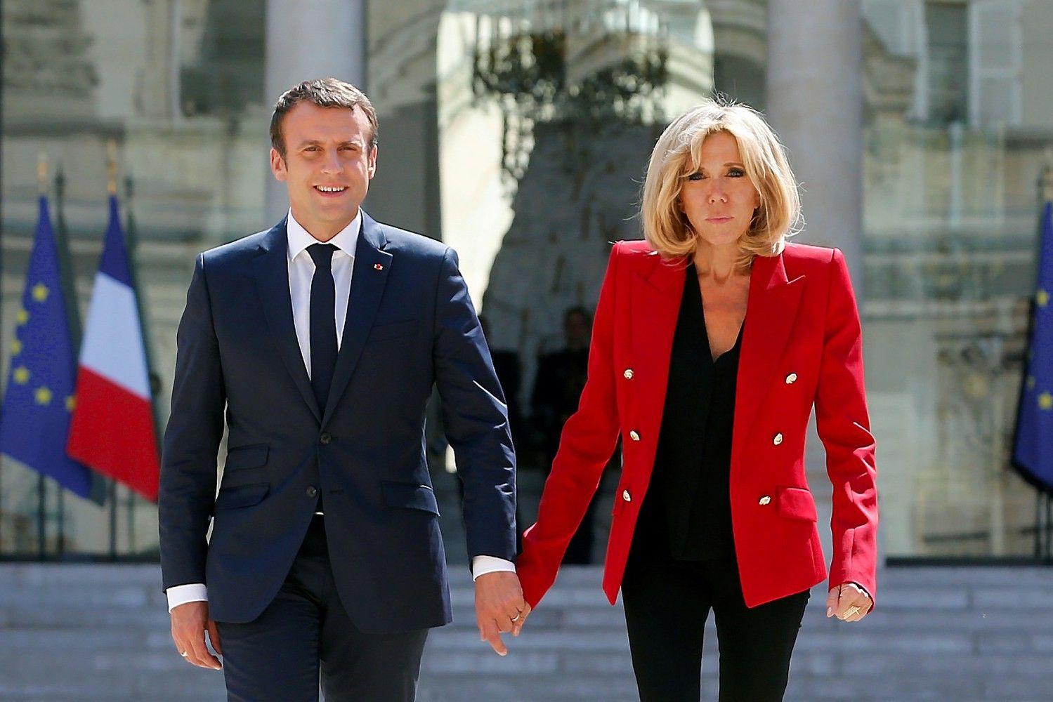 Macronas pradeda turnė ES rytuose, sieks pažaboti pigią darbo jėgą