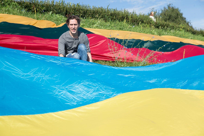 Lietuva Ukrainą pasveikino milžiniškomis vėliavomis