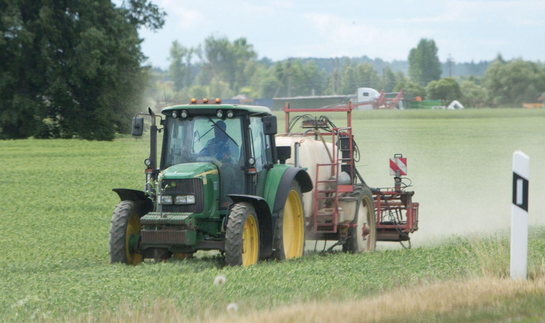Brangūs pesticidai gali dar pabrangti