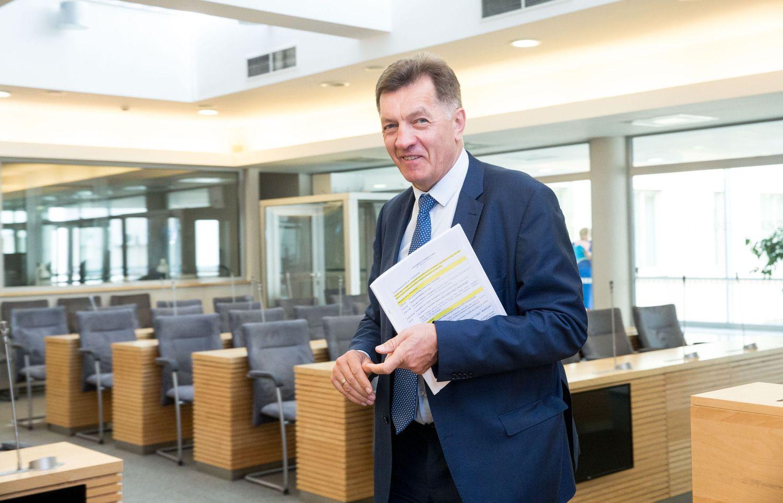 A. Butkevičius – prieš apribojimus verslo liudijimams