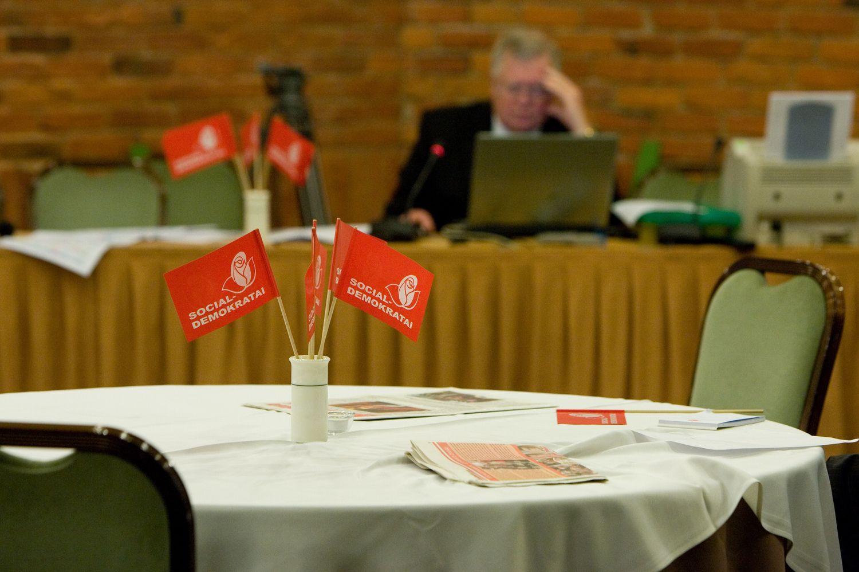 Socialdemokratai siūlo progresinius mokesčius nuo visų pajamų