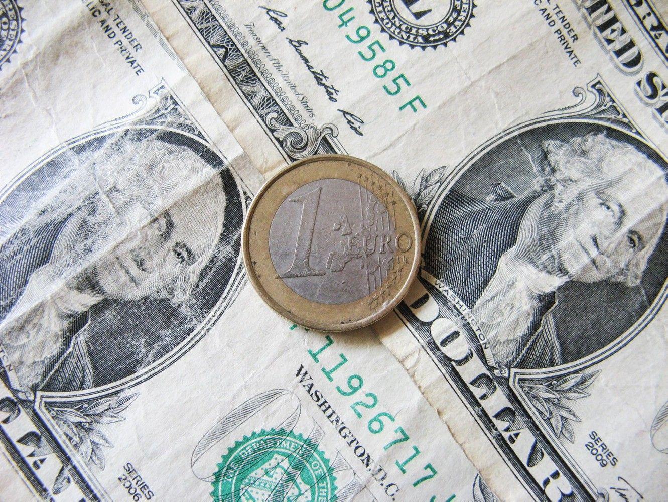Euras nusitaikė į 1,20 USD