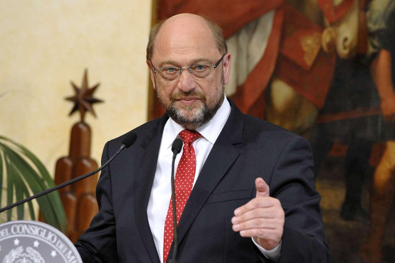 """Schulzas apie kanclerę Merkel: """"atitrūkusi nuo rinkėjų"""""""