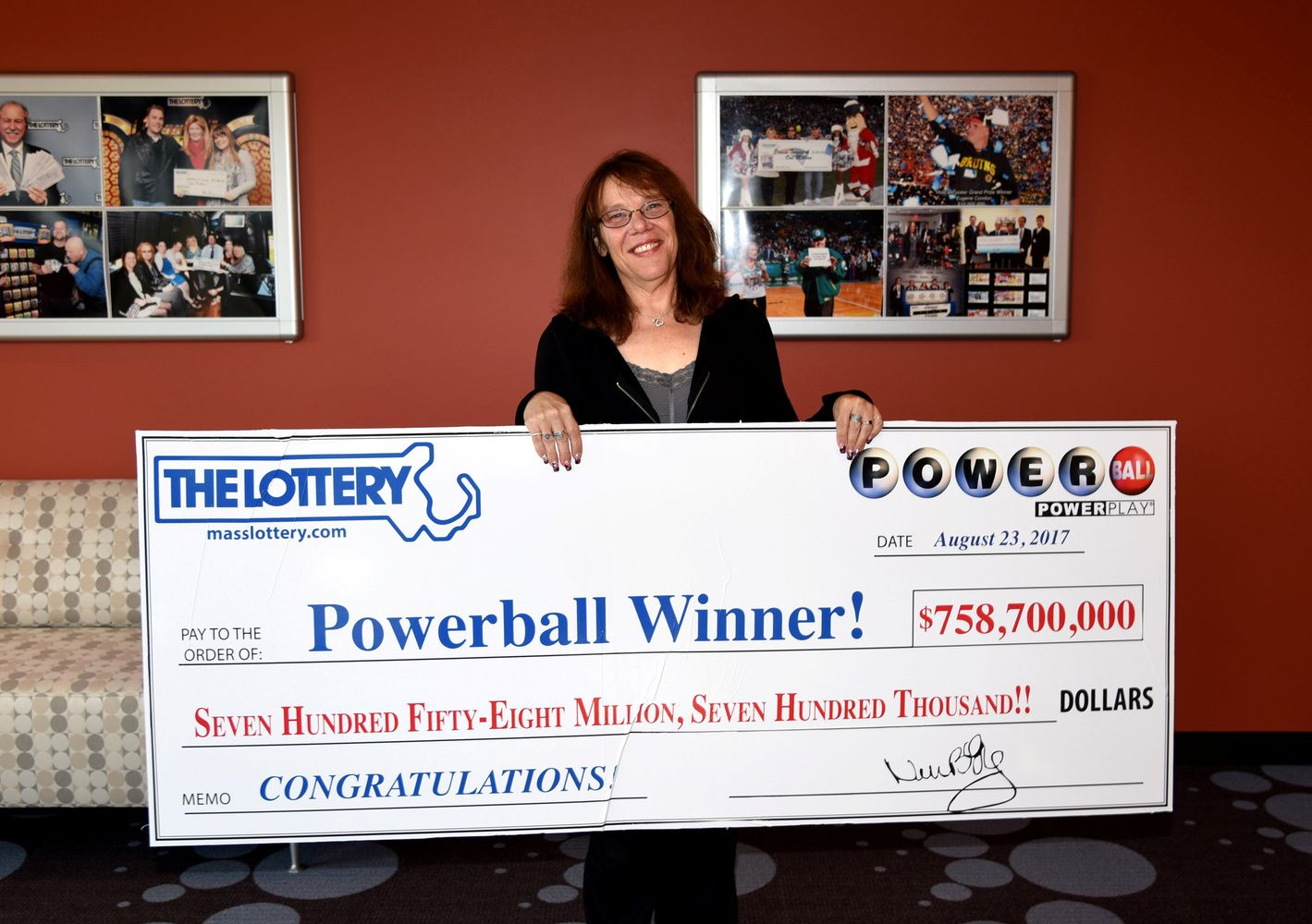 Laimėjimas loterijoje laimę atneša retai, dažniau – bankrotą