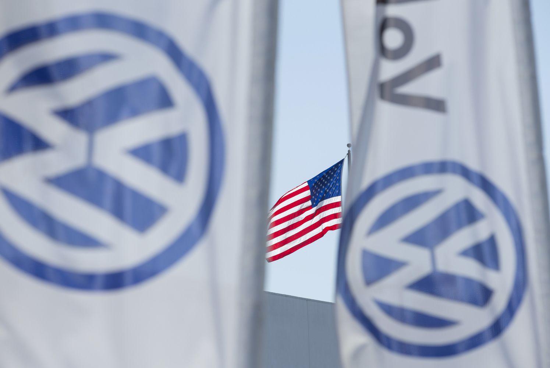 """""""Volkswagen"""" JAVturi susigrąžinti281.000 automobilių"""