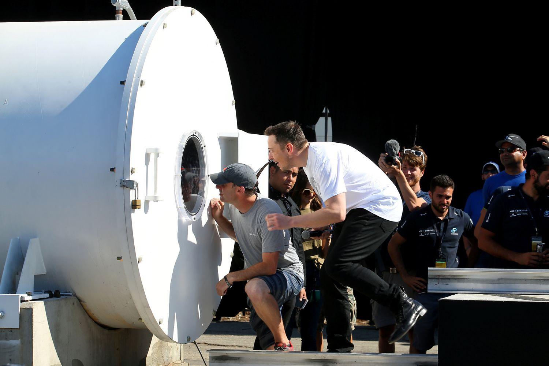 """Hyperloop"" technologijos greičio rekordas – 355 km/val."
