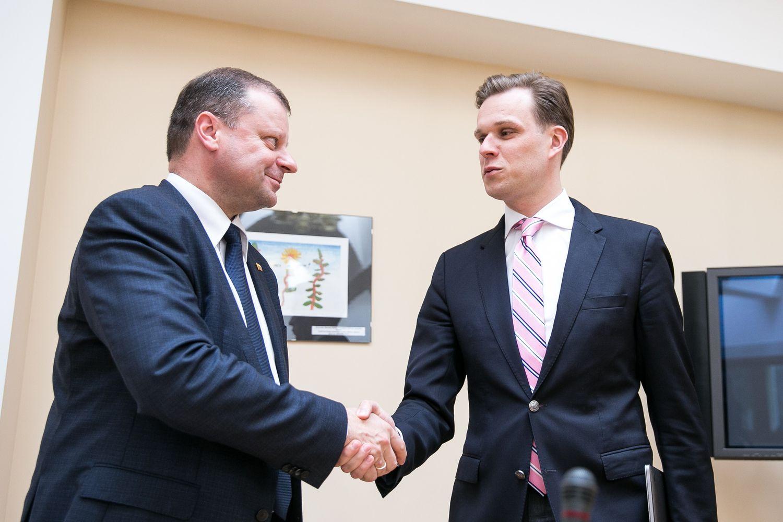 Skvernelis su Landsbergiu pasikalbėjo apie darbus, bet ne koaliciją