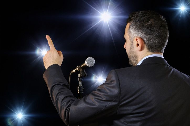 Vadovo kalba: kaip per minutę užkariauti auditoriją