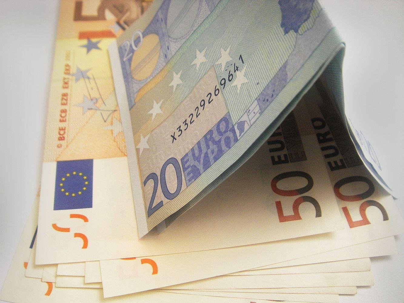 Kaip investuoja turtingiausios Lietuvos šeimos