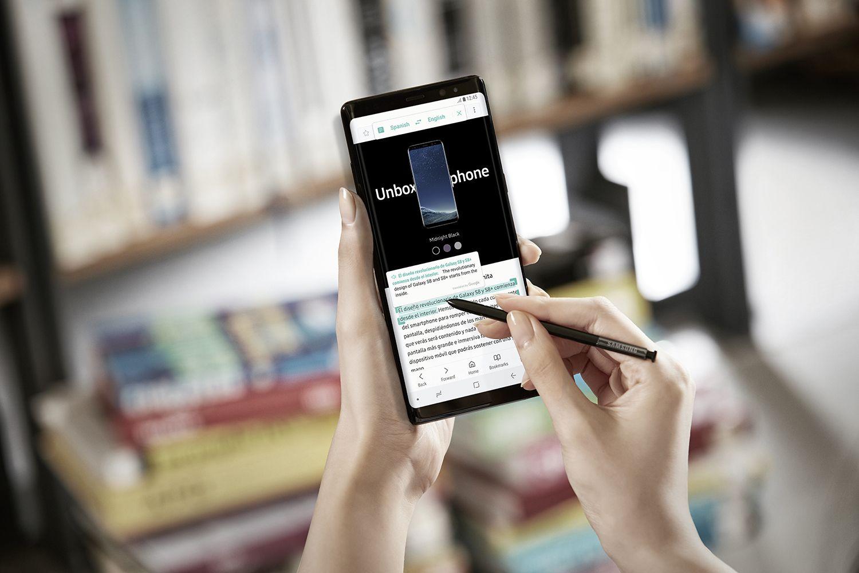 """""""Galaxy Note 8"""" į Lietuvą atkeliauja dviejų spalvų, bet trokštantiems mėlynojo žada sprendimą"""
