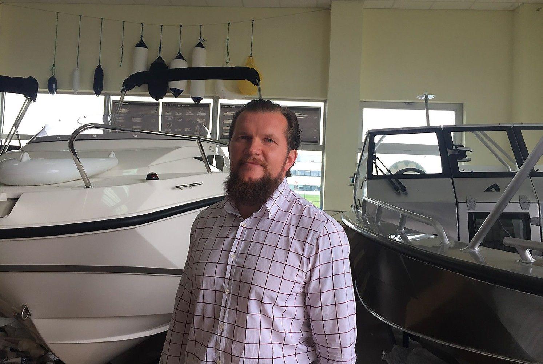 Laivų pardavėjai keičia prekės ženklą ir investuoja į naują saloną