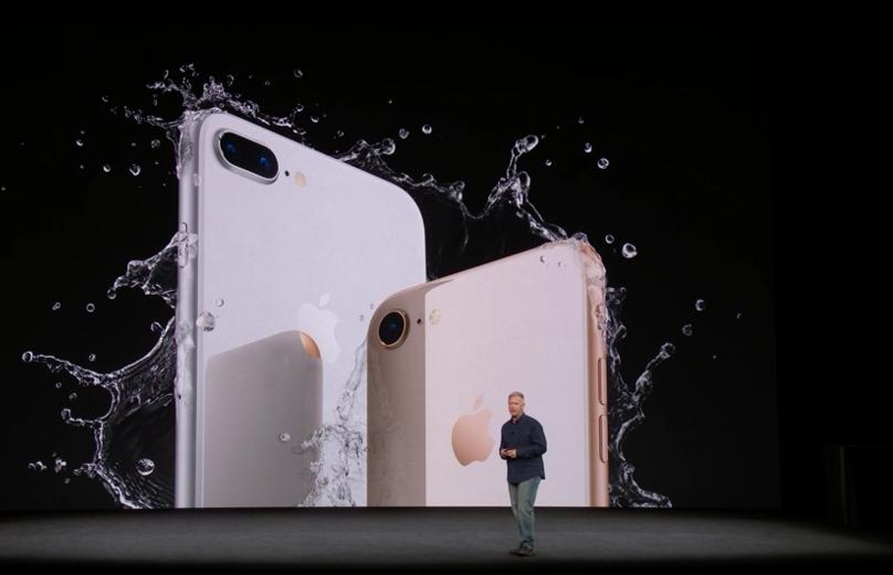 """""""Apple"""" pristatė """"iPhone X"""" ir kitas naujoves"""
