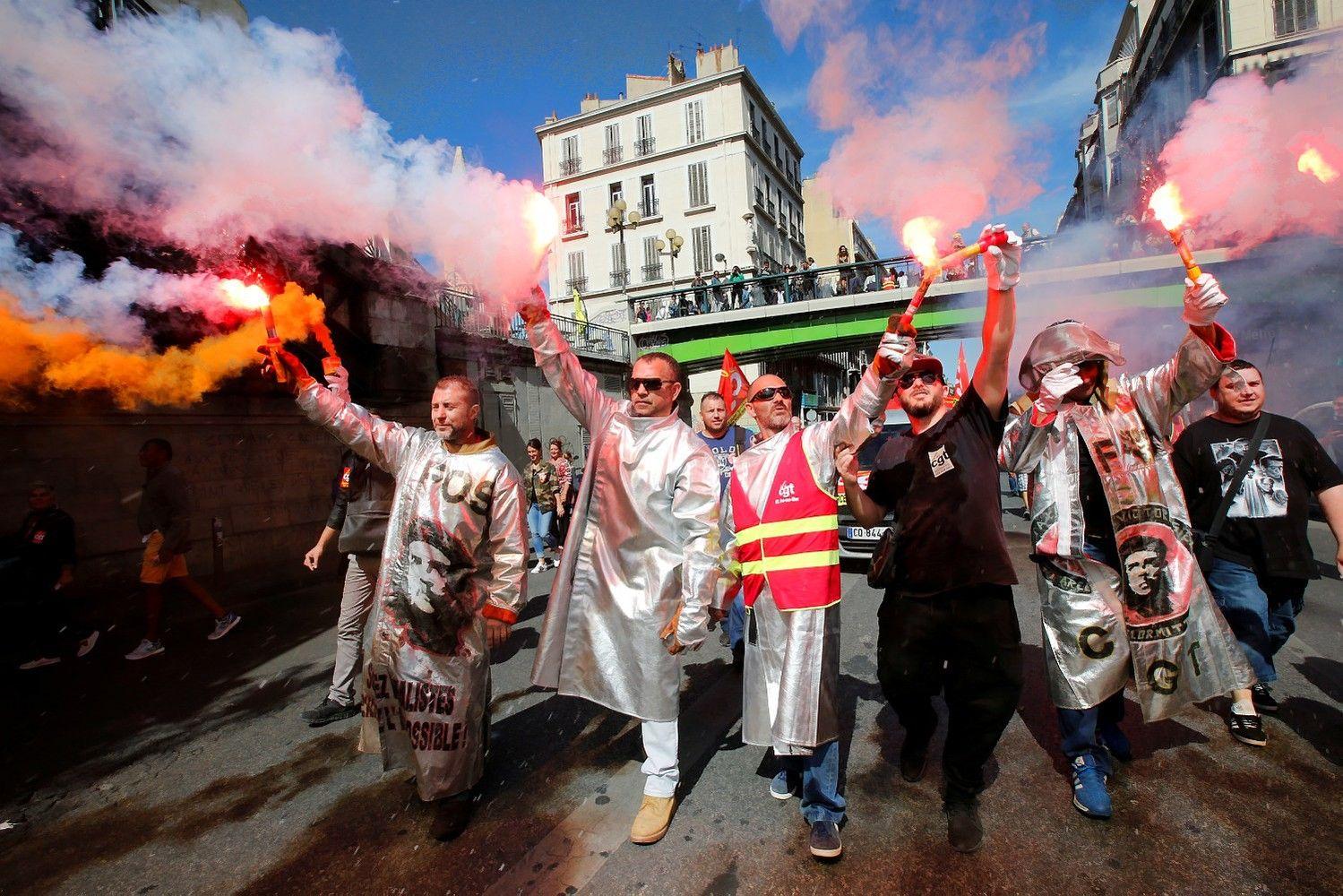 Prancūzaipradėjo protestus prieš Macrono darbo kodeksoreformas