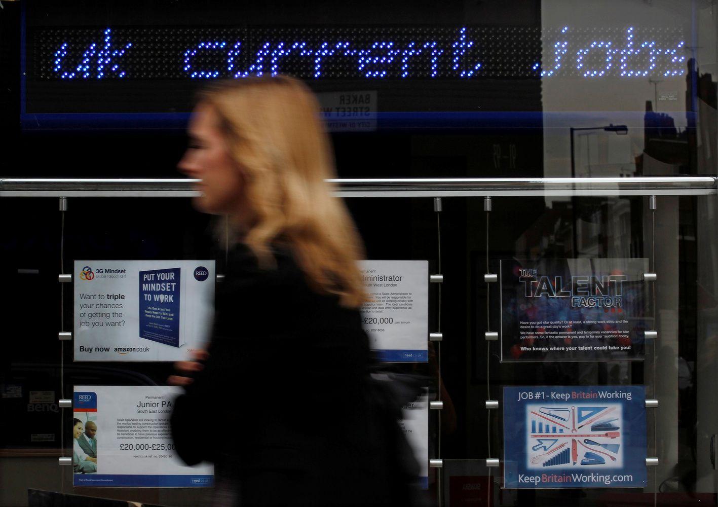 Mažiausias per 42 metus nedarbas britų nedžiugina