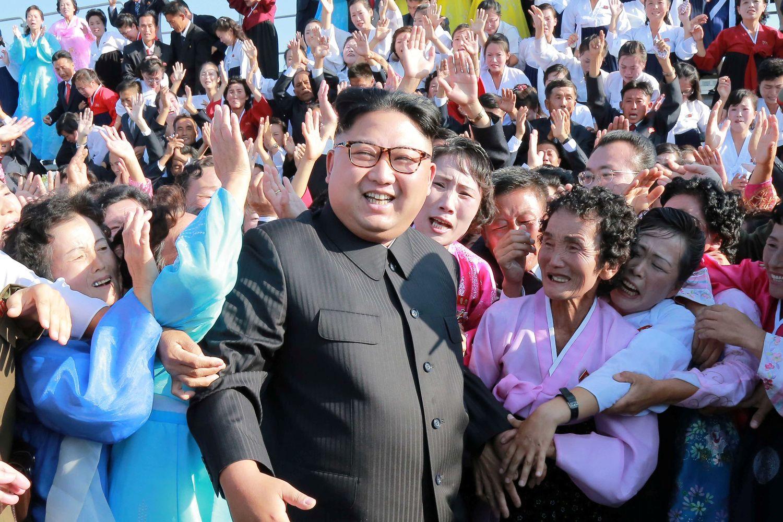 Šiaurės Korėja grasina paspartinti branduolinio ginklo kūrimą