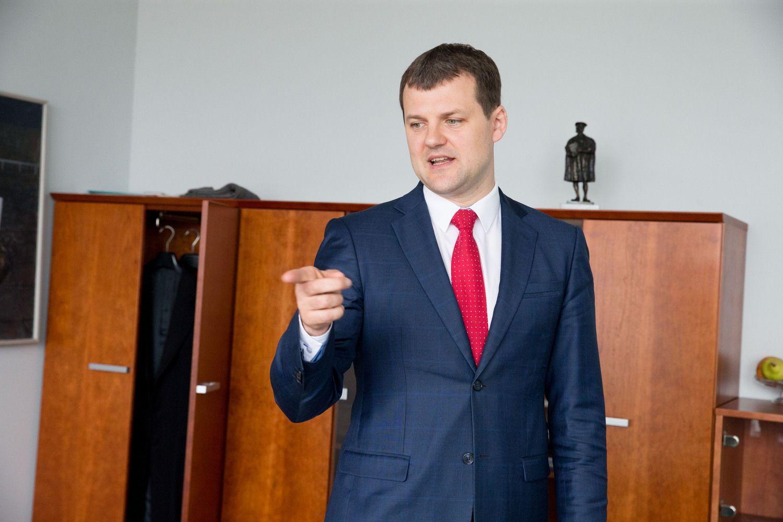 Apsisprendimą dėl koalicijos ateities LSDP vadovai paliko tarybai
