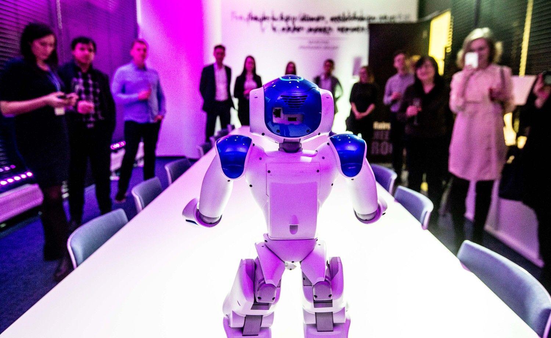 Kokius darbus dirbs robotai