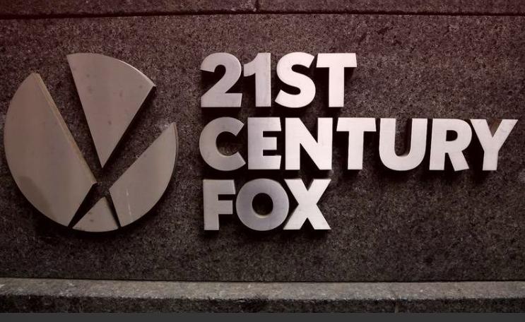 """""""21st Century Fox"""" vis labiau artėja prie """"Sky"""" įsigijimo"""