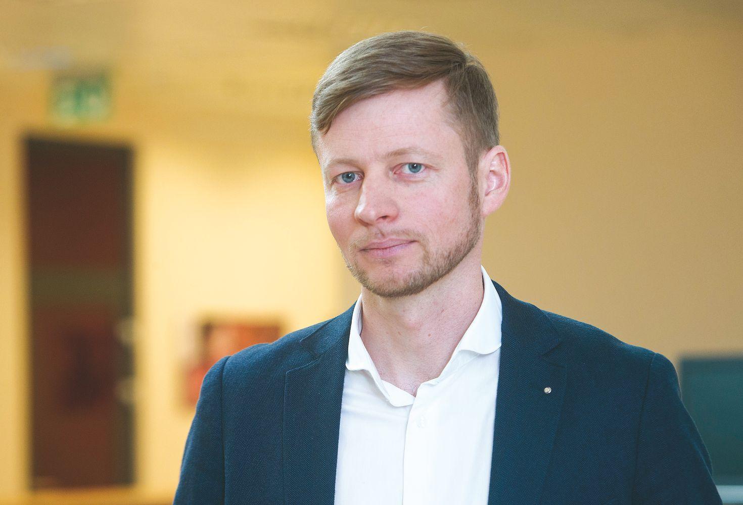 """Balžekovadovaujama įmonėperka """"Žurnalų leidybos grupę"""""""