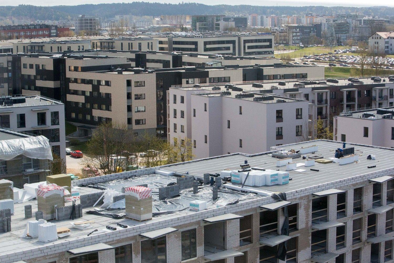 """""""Swedbank"""" tyrimas: trečdalis didmiesčių gyventojų nori pirkti būstą"""