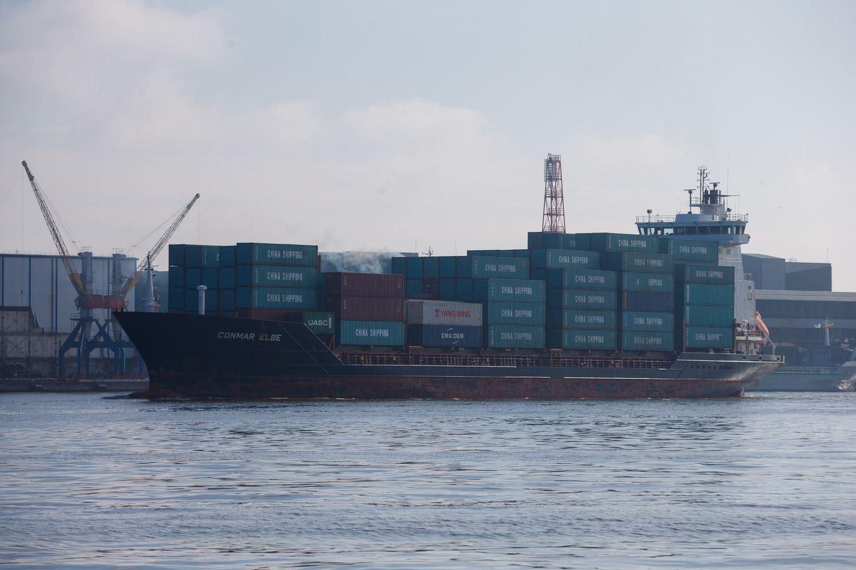 Dėl stipraus vėjo Klaipėdos uoste ribojama laivyba