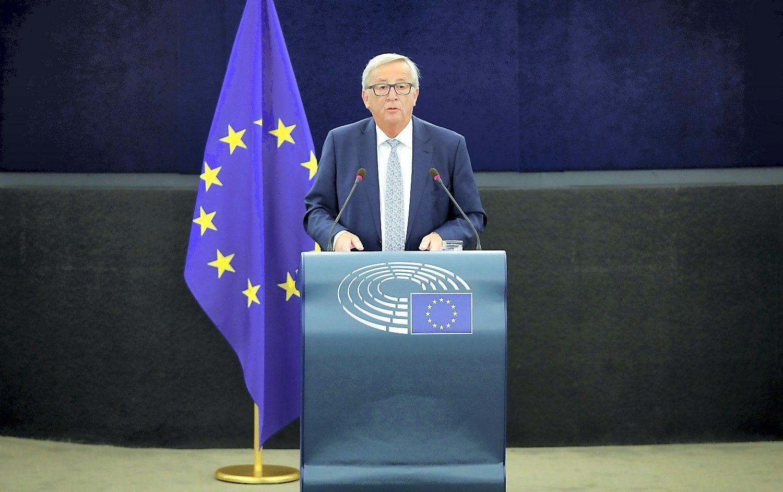 Junckeris: Komisija gerbtų Katalonijos sprendimą atsiskirti