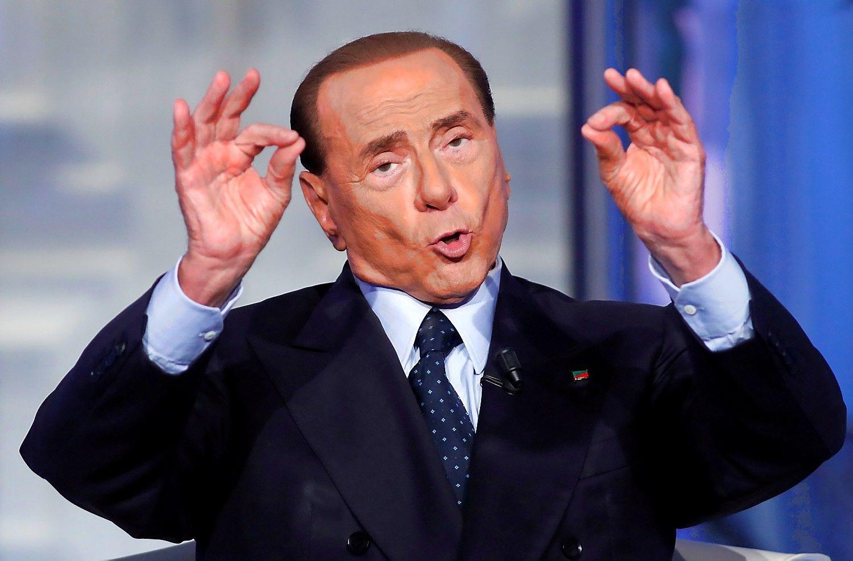 Berlusconi grįžo į Italijos politiką su proeuropietiška programa