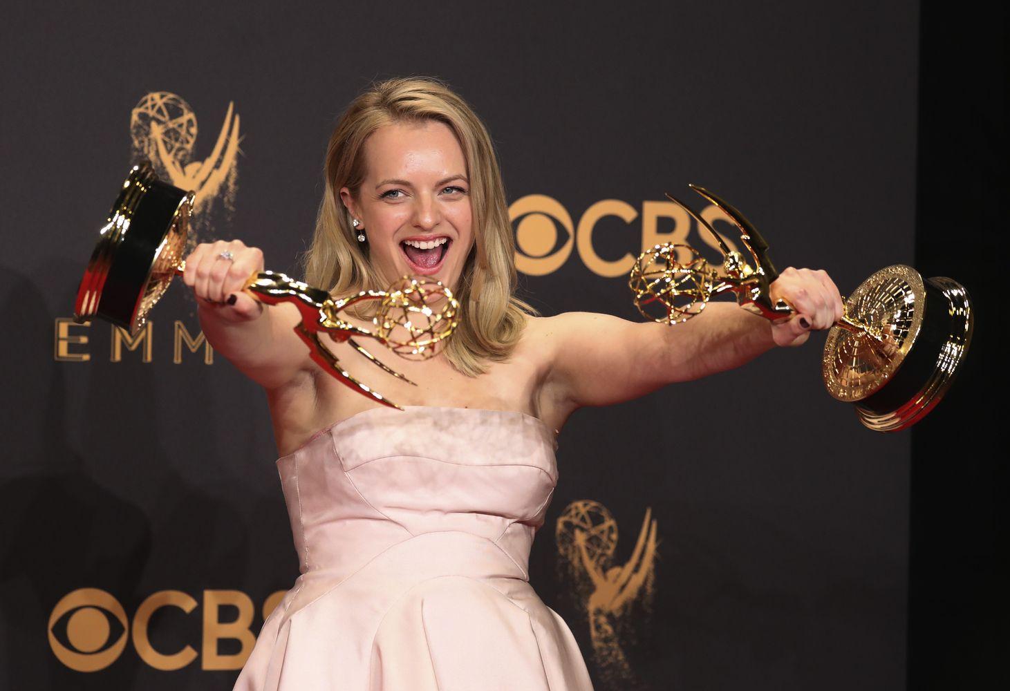 """""""Emmy"""" apdovanojimuose triumfavo """"Tarnaitės pasakojimas"""""""