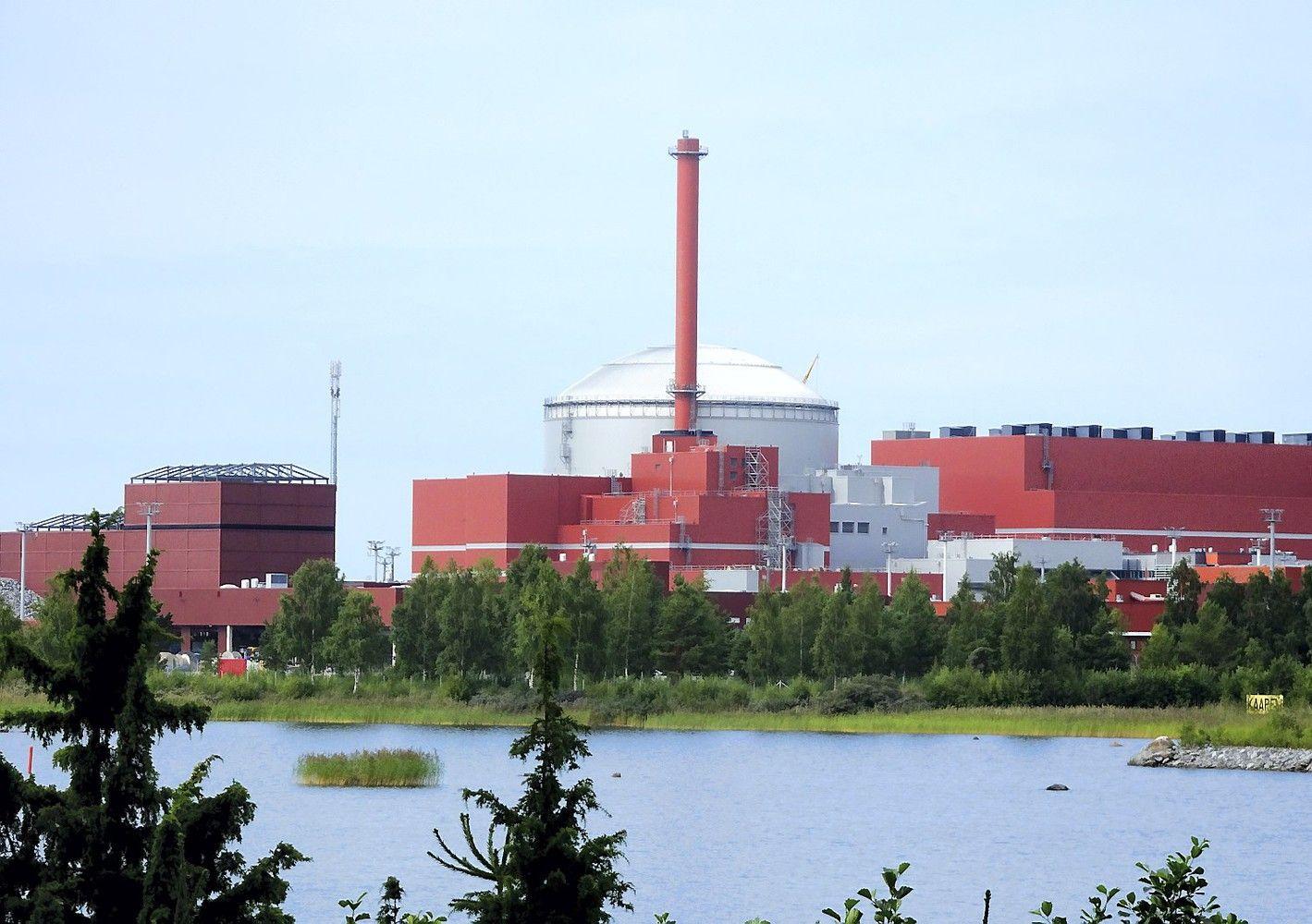 Rusiškos atominės statybos Suomijoje vėl atidėtos