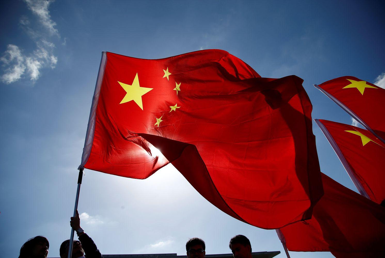 Pekinas sunerimo dėl ES planų riboti Kinijos įsigijimus