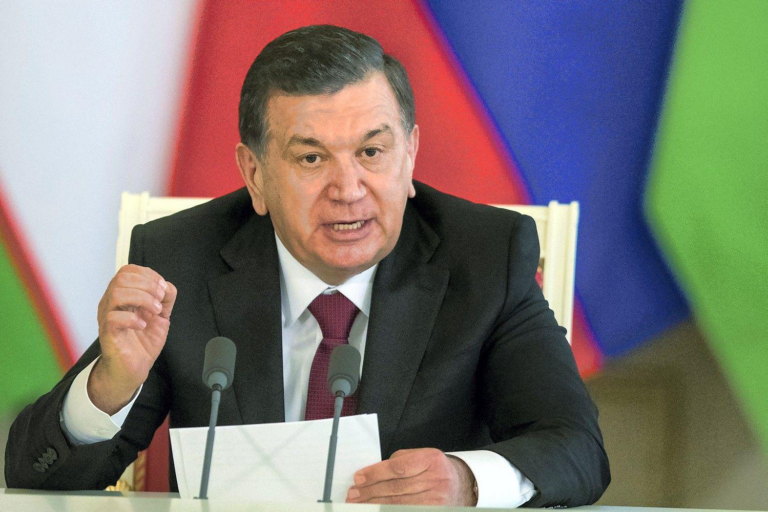 Uzbekistanas vaduojasi iš ekonominio ir politiniosąstingio