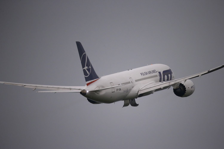 Lenkai atrado vietą pagrindiniam šalies oro uostui