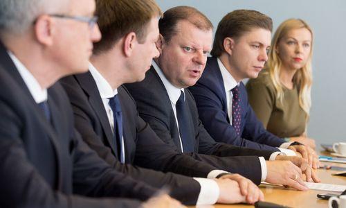Premjeras drąsinasi: Vyriausybė nesugrius ir LSDP pasitraukus
