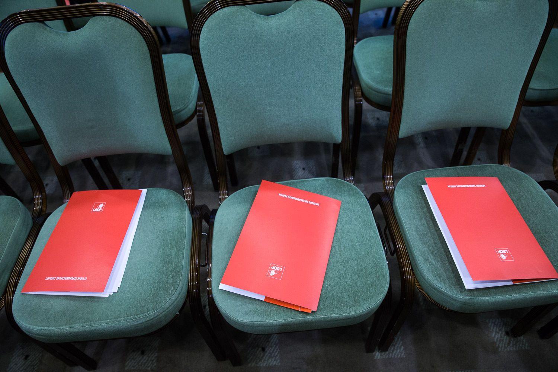 Iš koalicijos LSDP traukiasi, bet mažumos Vyriausybę pasirengusi remti