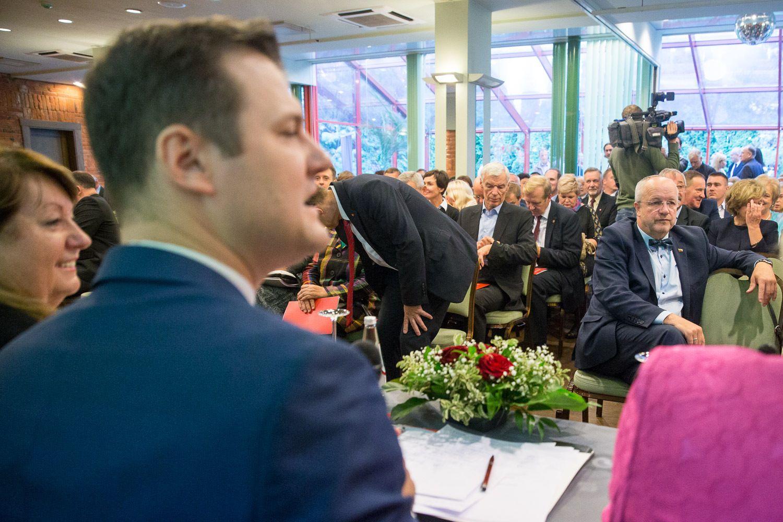 LSDP traukiasi iš koalicijos, Linkevičius – iš partijos, Skvernelis ieškos paramos