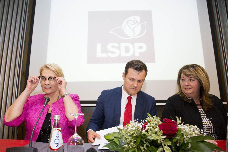 LSDP taryboje liepsnoja diskusijos dėl koalicijos