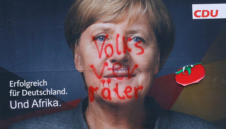 Merkel užsitikrino pergalę, švenčia ir populistai AfD
