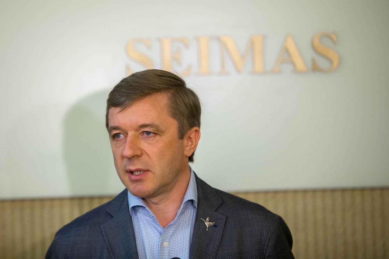 Pasirašyta LVŽS ir LSDP frakcijų sutartis dėl paramos Vyriausybei