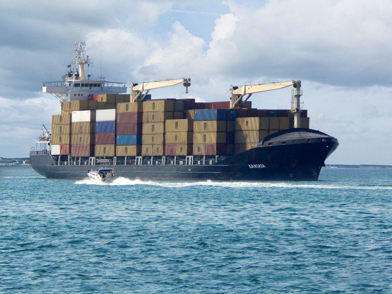 Lietuvoje užregistravo didžiausią konteinerinį laivą