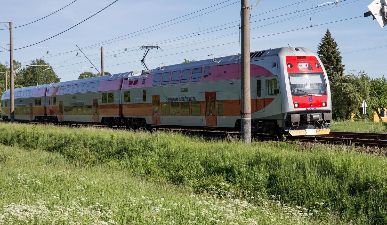 """""""Lietuvos geležinkeliai"""" išbandė 160 km/h greitį"""