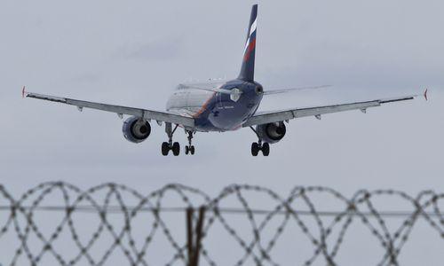 """Drauge su kinais įsteigta G. Žiemelio įmonė """"Aeroflot"""" pristatė 8 lėktuvus"""