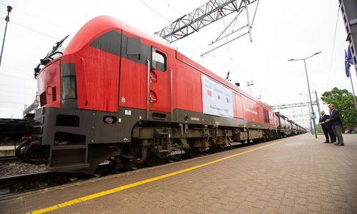 Tranzitu išKaliningrado–pirmasis pilnas traukinio sąstatas į Kiniją