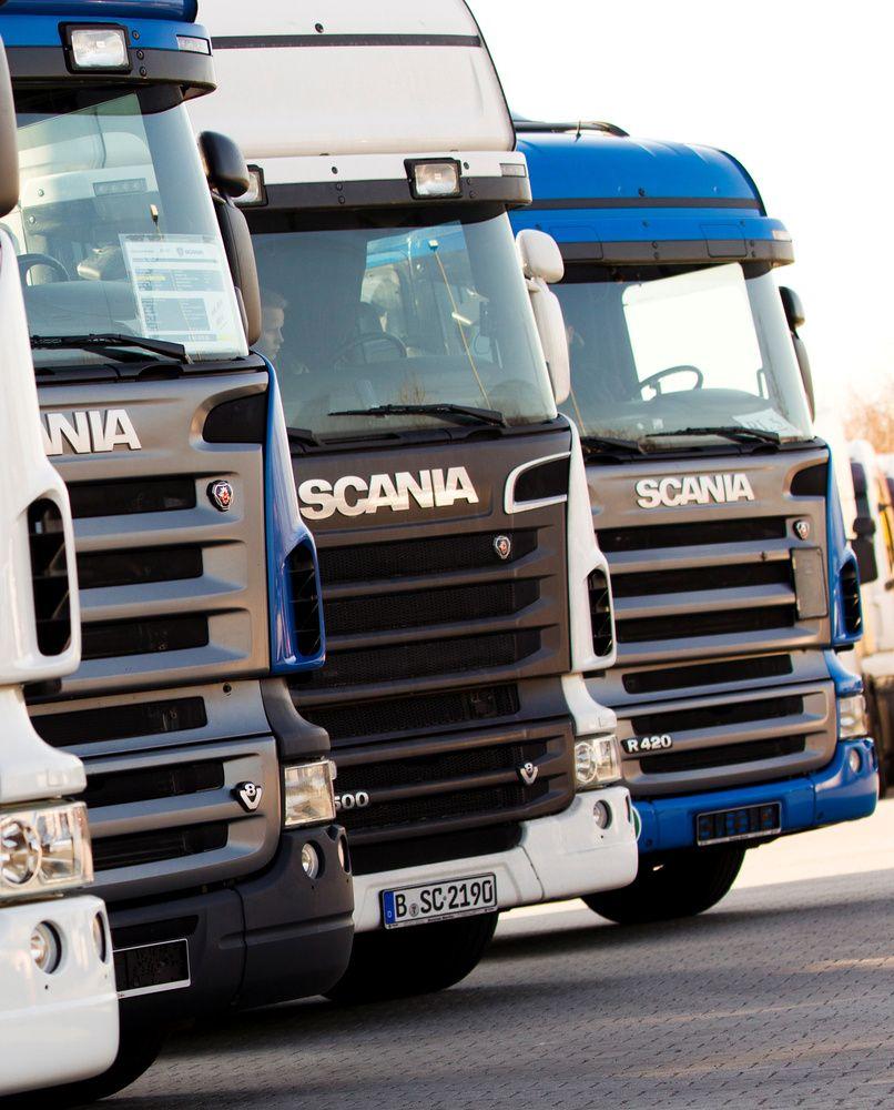 """Vilkikų gamintojai """"Scania"""" – 880 mln. Eur bauda dėl kartelio"""