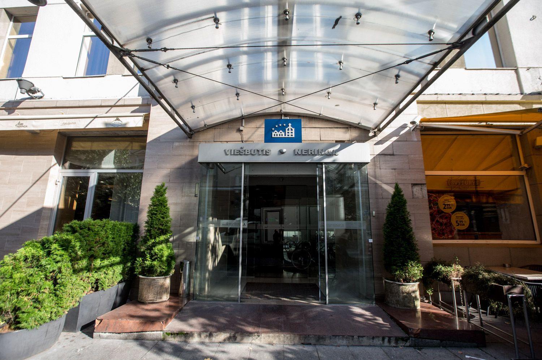 """Rekonstrukcijai uždaromas """"Neringos"""" restoranas ir viešbutis"""